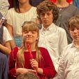 Filha de Ticiane Pinheiro, Rafaella Justus foi elogiada por apresentação na escola