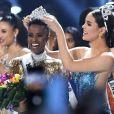 Miss Universo 2019:  Zozibini Tunzi ganha coroa e representa a competição pelo próximo ano  neste domingo, dia 08 de dezembo de 2019