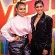 Simone, da dupla com Simaria, caprichou no look para participar da apresentação da quinta temporada do 'The Voice Kids'