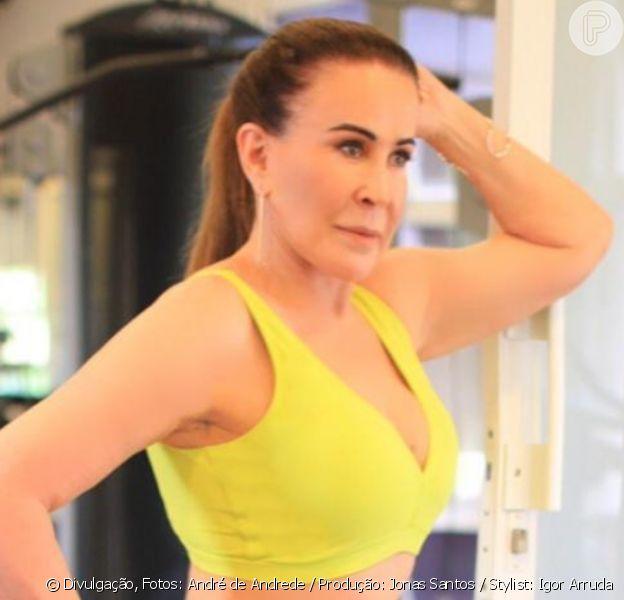 Zilu exibe barriga enxuta em look de academia amarelo em foto publicada nesta terça-feira, dia 17 de dezembro de 2019