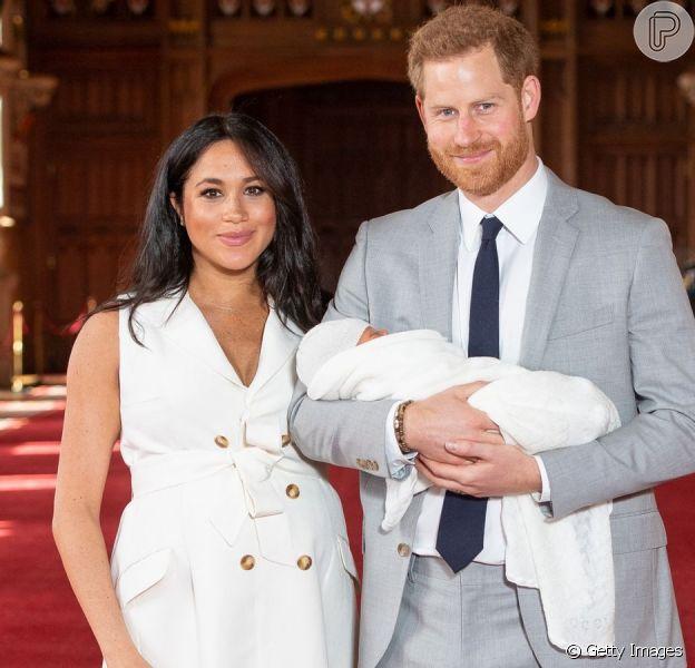 Filho de Meghan Markle e Harry, Archie estrela cartão de Natal da família, divulgado nesta segunda-feira, dia 23 de dezembro de 2019