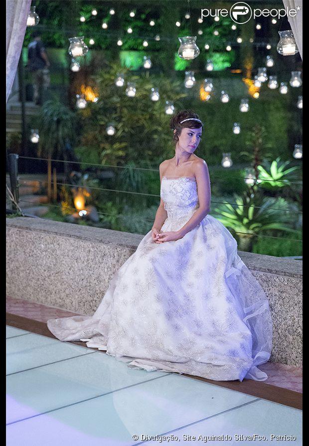 http://static1.purepeople.com.br/articles/3/28/41/3/@/291460-andreia-horta-usa-vestido-leticia-620x0-3.jpg