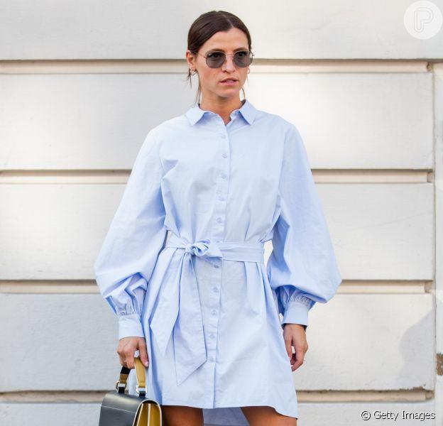 Vestido camisa é opção prática, confortável e muito estilosa para se manter na moda durante o verão 2020. Inspire-se nesses 17 looks!
