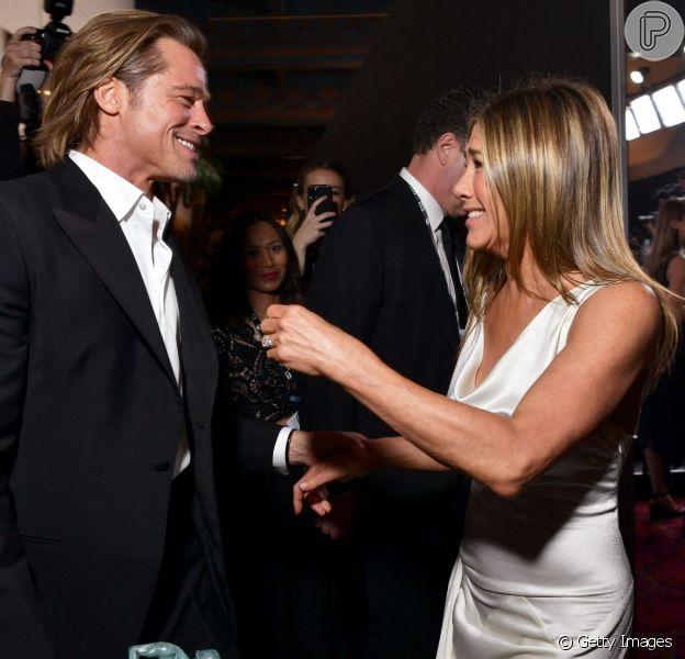 Brad Pitt e Jennifer Aniston se reencontraram nos bastidores do SAG Awards neste domingo, 19 de janeiro de 2020