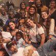 Bruno Gagliasso assiste a peça de teatro com Giovanna Ewbank e os filhos neste domingo, dia 16 de fevereiro de 2020