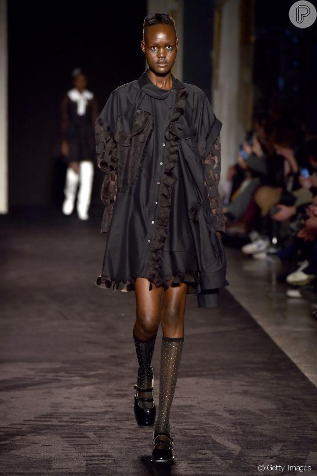 Sapatilha com meia de strass está em alta  no Milan Fashion Week