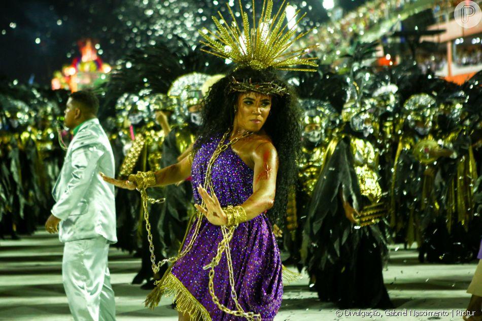 Rainha de bateria da Mangueira, Evelyn Bastos, afirma decisão de desfilar com uma fantasia mais comportada: 'Pensamos em fazer um Jesus mulher, tapado, não é um Jesus que samba. É um Jesus sem a necessidade de sexualizar. Queremos que as pessoas enxerguem Jesus primeiro, independente de gênero'