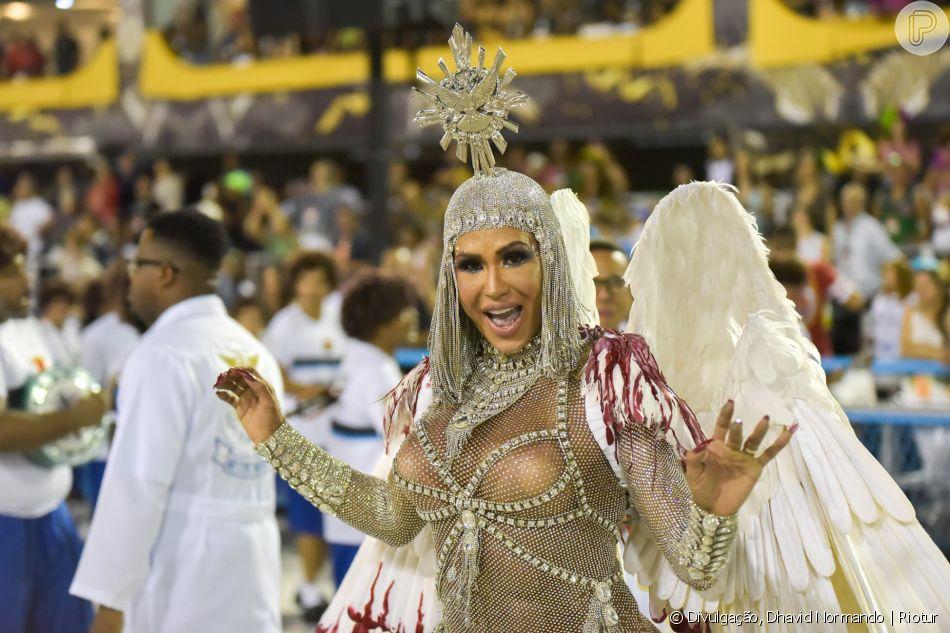 Carnaval 2020: Gracyanne Barbosa à frente da bateria da União da Ilha representando a paz