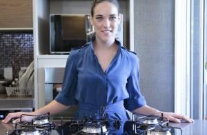 Adriana Birolli, de 'Império', ensina receita de carne ao creme de mandioca