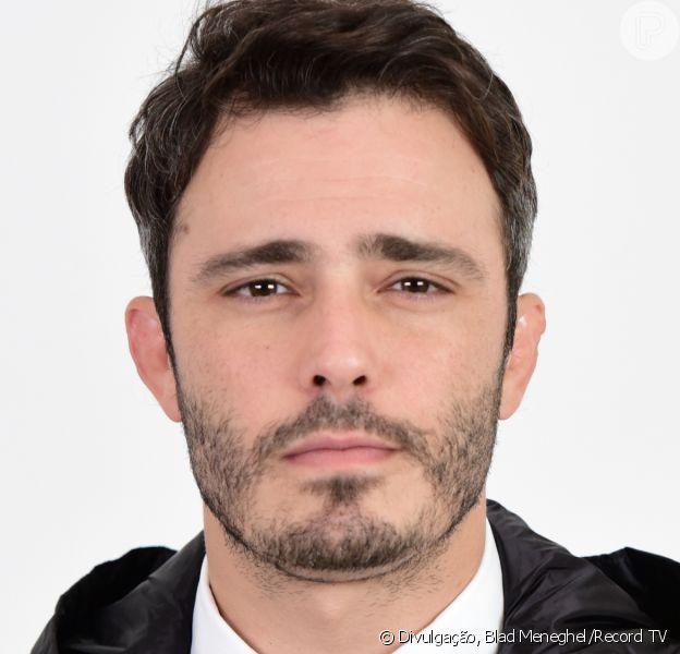 Novela 'Amor Sem Igual', Tobias (Thiago Rodrigues) arma sequestro para prejudicar o pai, Ramiro (Juan Alba)