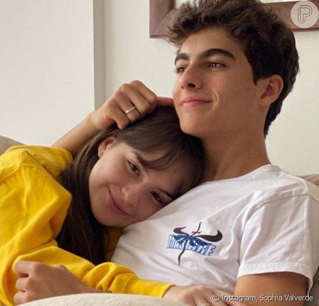 Sophia Valverde nega fim de namoro
