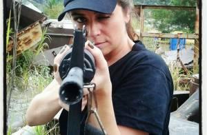 'Salve Jorge': Giovanna Antonelli posta foto com arma a punhos nos bastidores