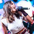 Anitta é uma das convidadas do projeto 'Mentes brilhantes: ao vivo com Miley'