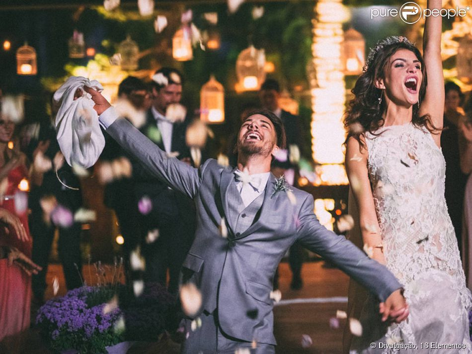 Junior Lima e Monica Benini se casam na Fazenda Santa Bárbara, em Itatiba, interior de São Paulo, em 25 de outubro de 2014