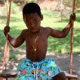 Filho mais novo de Giovanna Ewbank, Bless não esconde o gosto pelas fotos