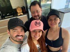 Fernando Zor curte feriado com família da namorada, Maiara, em fazenda. Foto!