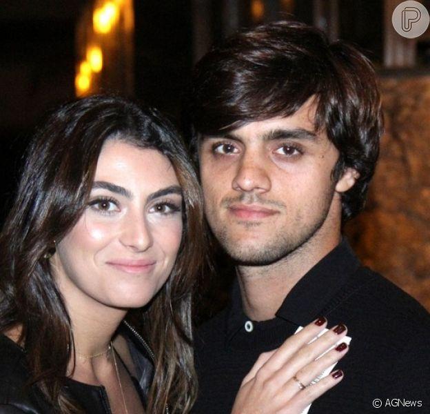 Mulher de Felipe Simas, Mariana Uhlmann recorda início de sintomas de coronavírus no marido: 'Ficou muito mal'