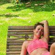Paolla Oliveira faz foto com namorado em clima descontraído