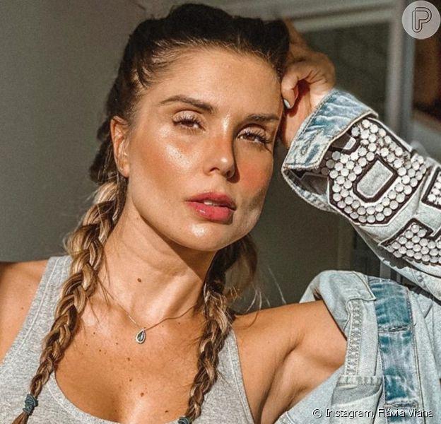 Flávia Viana deixou barriga de gravidez à mostra em look nesta segunda-feira, 11 de maio de 2020