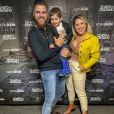 Zé Neto e Natália Toscano emocionaram amigos famosos com post na web sobre o nascimento da segunda filha, Angelina