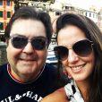 Faustão e Luciana Cardoso são companheiros de viagem