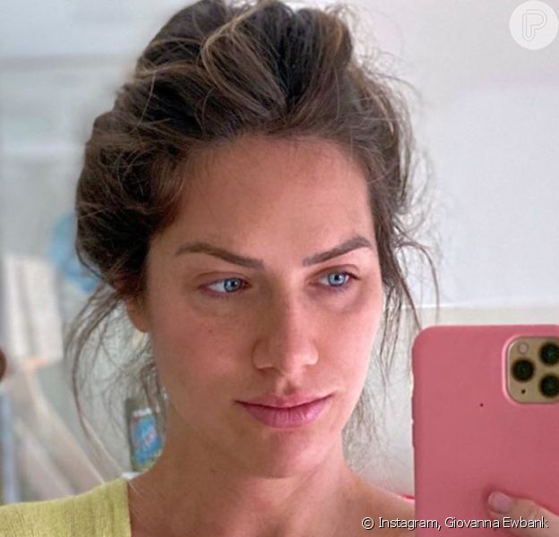 Giovanna Ewbank mostra cara da cansaço em foto na web