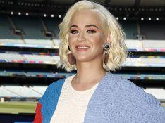 Katy Perry exibe barriga em foto de lingerie 4 dias após parto da filha. Veja!