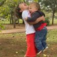 Crescimento do filho mais novo de Patricia Abravanel roubou a cena em foto