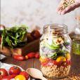 Incluir vegetais de cor verde-escura, como espinafre e brócolis, estimula o desempenho cognitivo