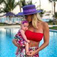 Ana Paula Siebert comemorou mêsversário da filha com tema de morangos