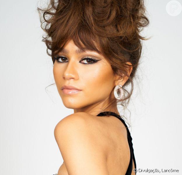 Make retrô pixie: os detalhes da beleza de Zendaya no Emmy 2020. Confira em matéria nesta segunda-feira, dia 21 de setembro de 2020