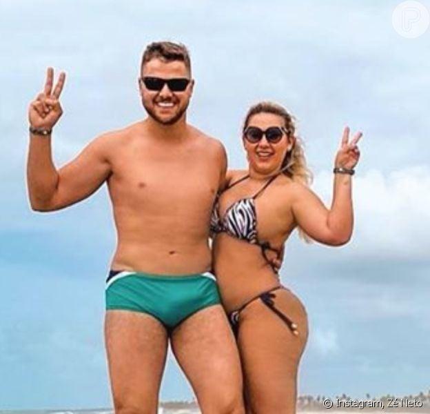 Zé Neto faz foto com a mulher, Natália Toscano, e chama atenção