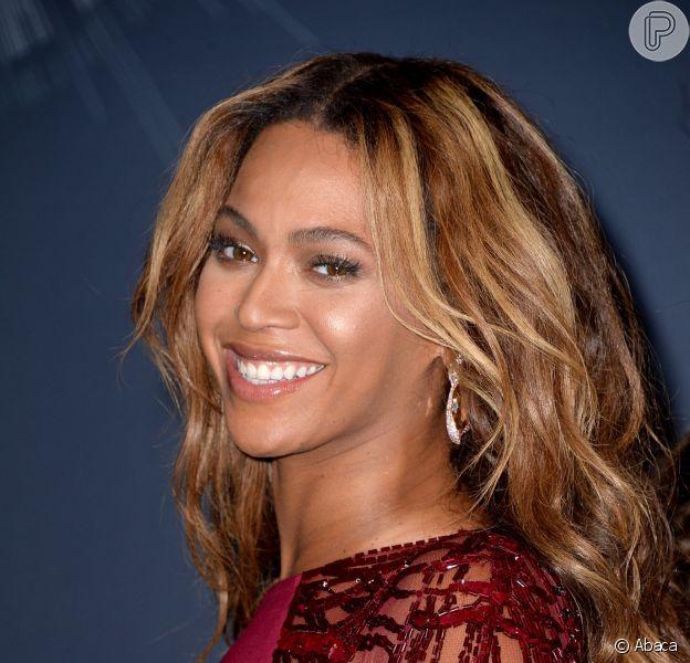 Beyoncé vai lançae seu novo álbumm 'Platinum Edition Box Set', no dia 24 de novembro de 2014