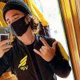 João Figueiredo reforça cuidados da equipe Go Fly Paraquedismo: ' Os instrutores estão de máscara o tempo inteiro, todos os equipamentos e roupas foram desinfetados antes de uso. Incrível, sem palavras'