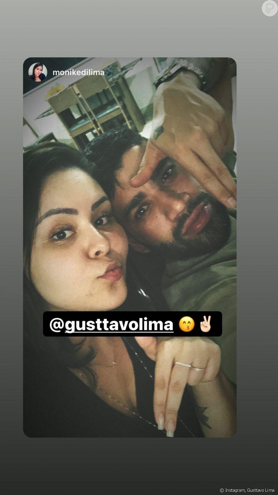 Gusttavo Lima fez pose divertida em foto com a sobrinha Monike