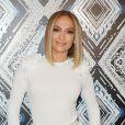 Corpo de Jennifer Lopez conquista elogios de famosas em foto nua aos 51 anos