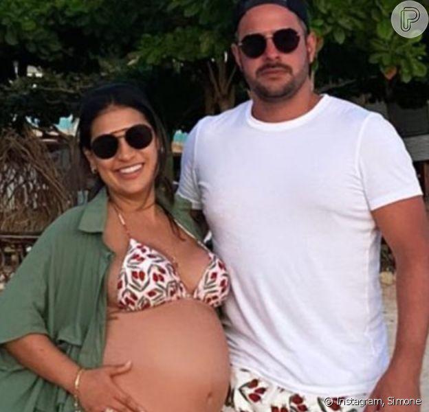 Dupla de Simaria, Simone perde roupas na gravidez e revela peça queridinha