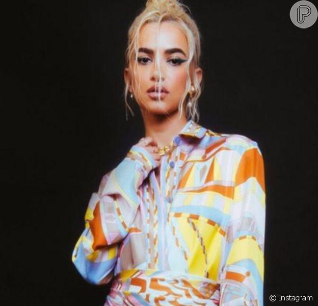 Sintonia fashion: Manu Gavassi monta look com peça e estampa já usada por Marquezine
