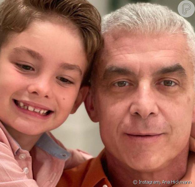 Ana Hickmann posta foto do marido, Alexandrê Correa, com filho no Natal