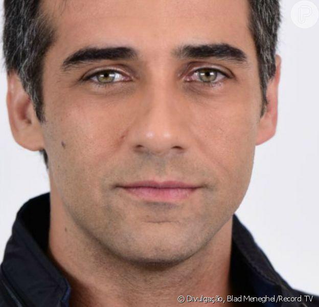 Na reta final da novela 'Amor Sem Igual', Miguel (Rafael Sardão) se desespera ao encontrar Poderosa (Day Mesquita) baleada