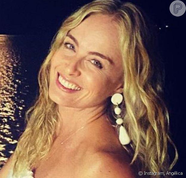 Angélica flagra a filha, Eva, meditando em praia e encanta famosas