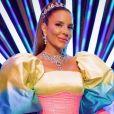 Ivete Sangalo vira assunto na web ao lançar música 'Tá solteira, mas não tá sozinha'