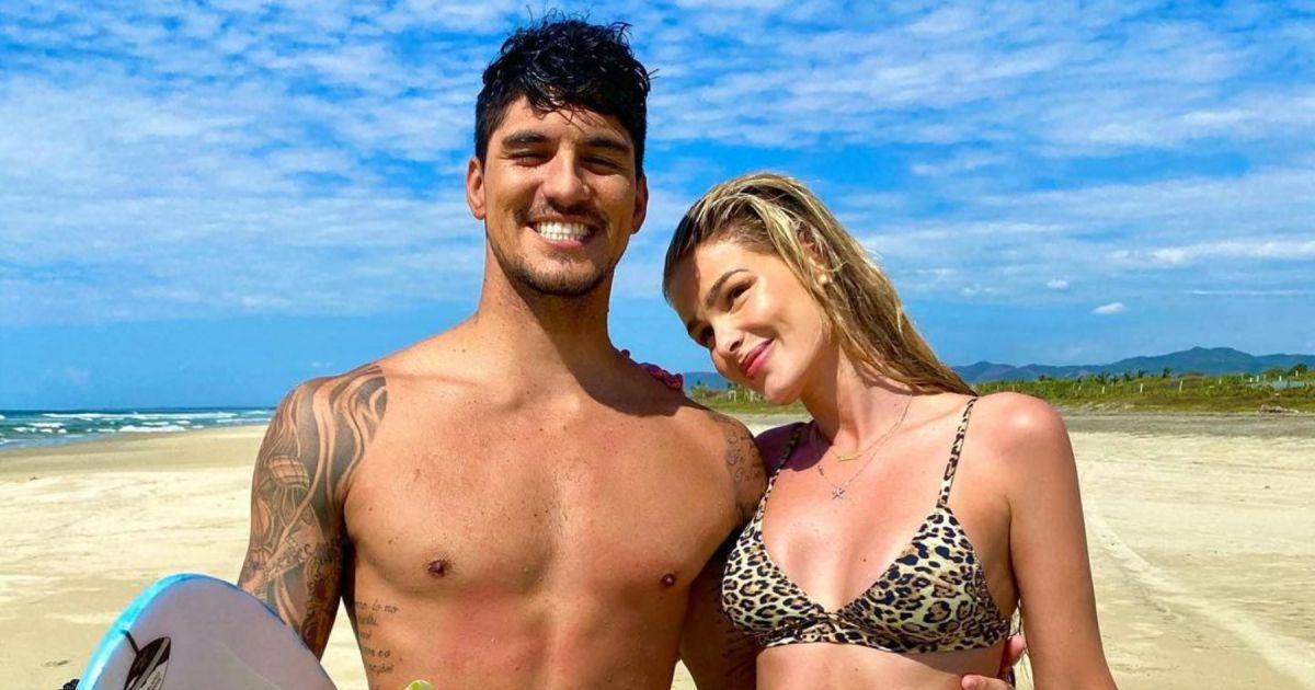 Yasmin Brunet, recém-casada, adota sobrenome Gabriel Medina na web -  Purepeople