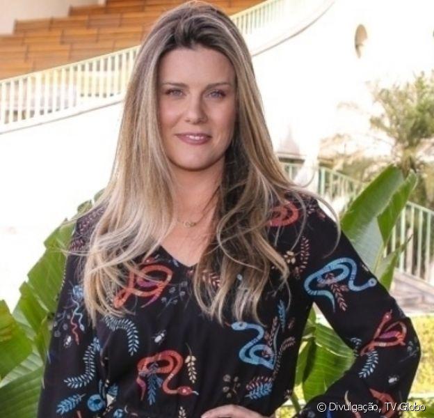 Daiana Garbin posa de biquíni 4 meses após filha nascer e web elogia: 'Corpo real'