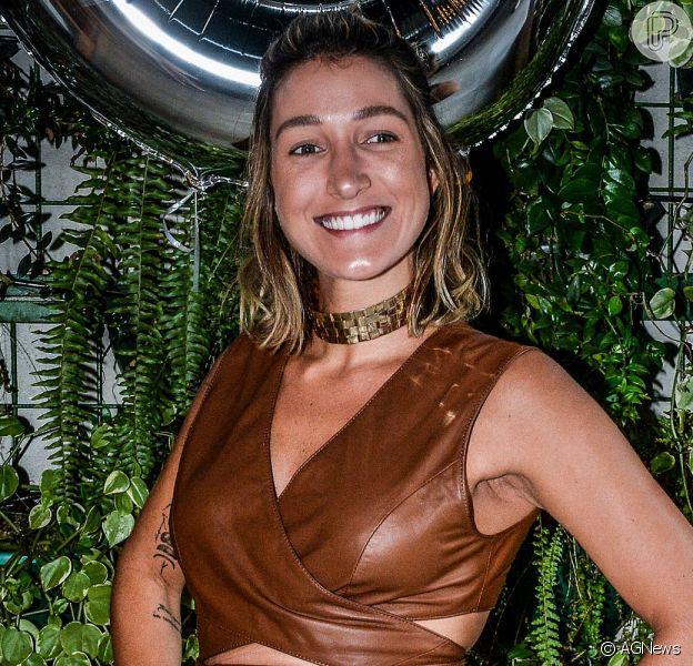 Gabriela Pugliesi está passando por um tratamento para 'desengravidar'