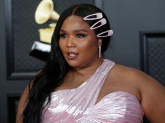 Vestidos, brilho, decotes e mais: os looks das famosas no Grammy 2021