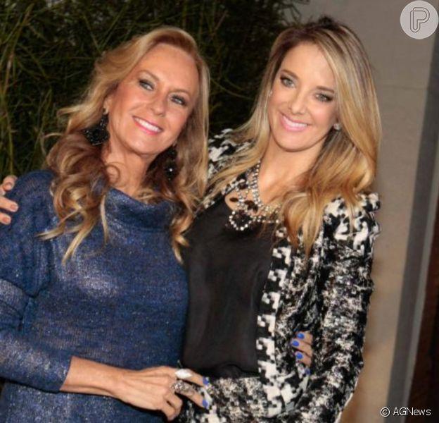 Mãe de Ticiane Pinheiro, Helô Pinheiro tomou vacina contra Covid-19 e idade surpreendeu: 'Nem parece'