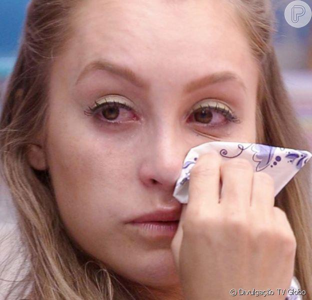 Carla Diaz admitiu choro ao ver cenas de Arthur no 'BBB 21': 'Me senti burra'
