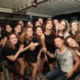 Juliana Paes prestigiou o aniversário de seu assessor no Baile da Favorita, no Rio de Janeiro