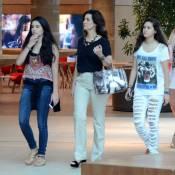 Fátima Bernardes curte passeio no shopping com as filhas em tarde chuvosa no RJ